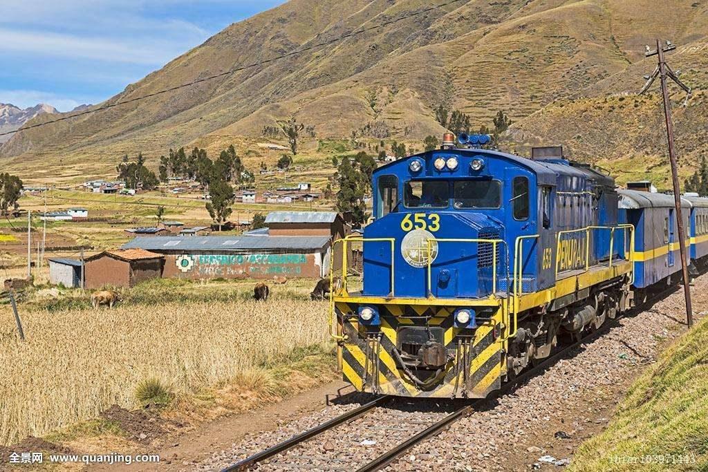 坐窄軌火車,重新體驗