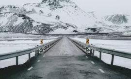 冰島自駕 完整攻略!租車、駕照、交通號誌,一篇搞定!